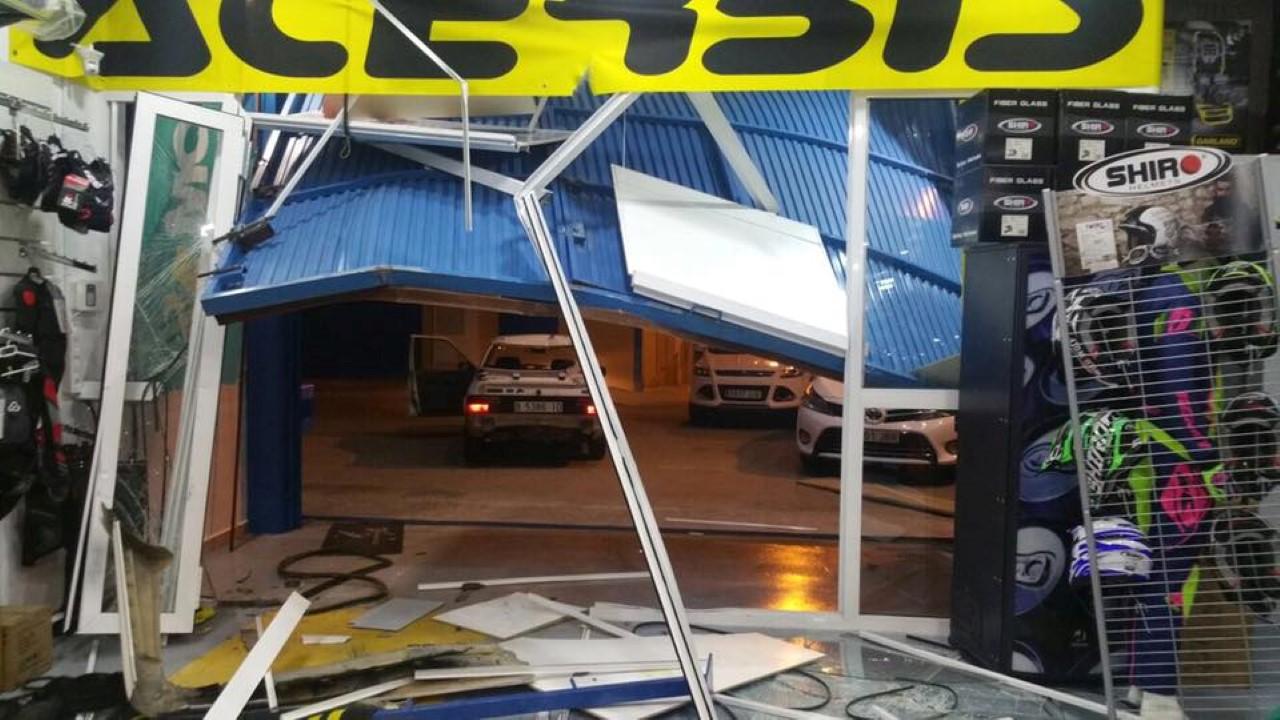 Roban en la nueva sede de Motos da Silva