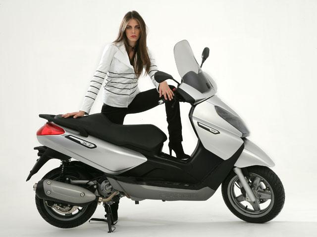 El Piaggio X7 llega en diciembre