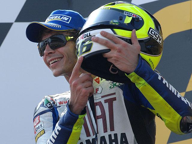 """Rossi seguirá en MotoGP """"cinco años más"""""""