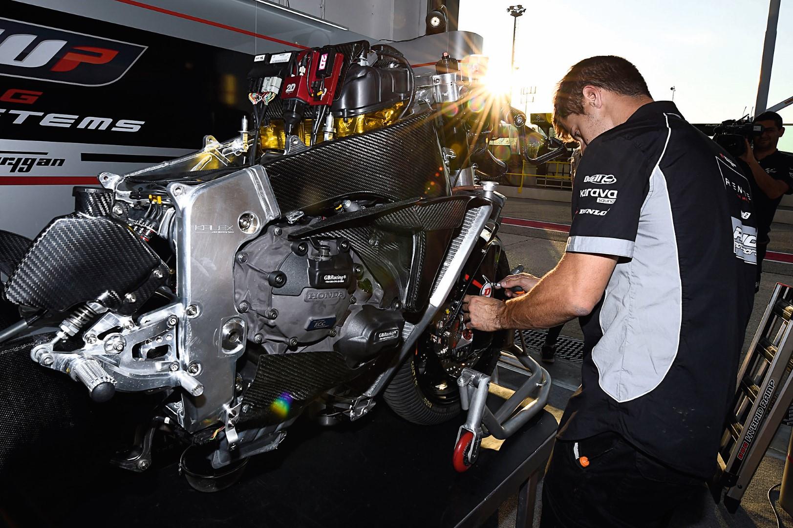 El futuro de los motores de Moto2, en Motociclismo