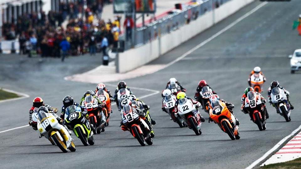 El Campeonato de España se aleja de MotoGP y se fija en el Mundial de Superbike