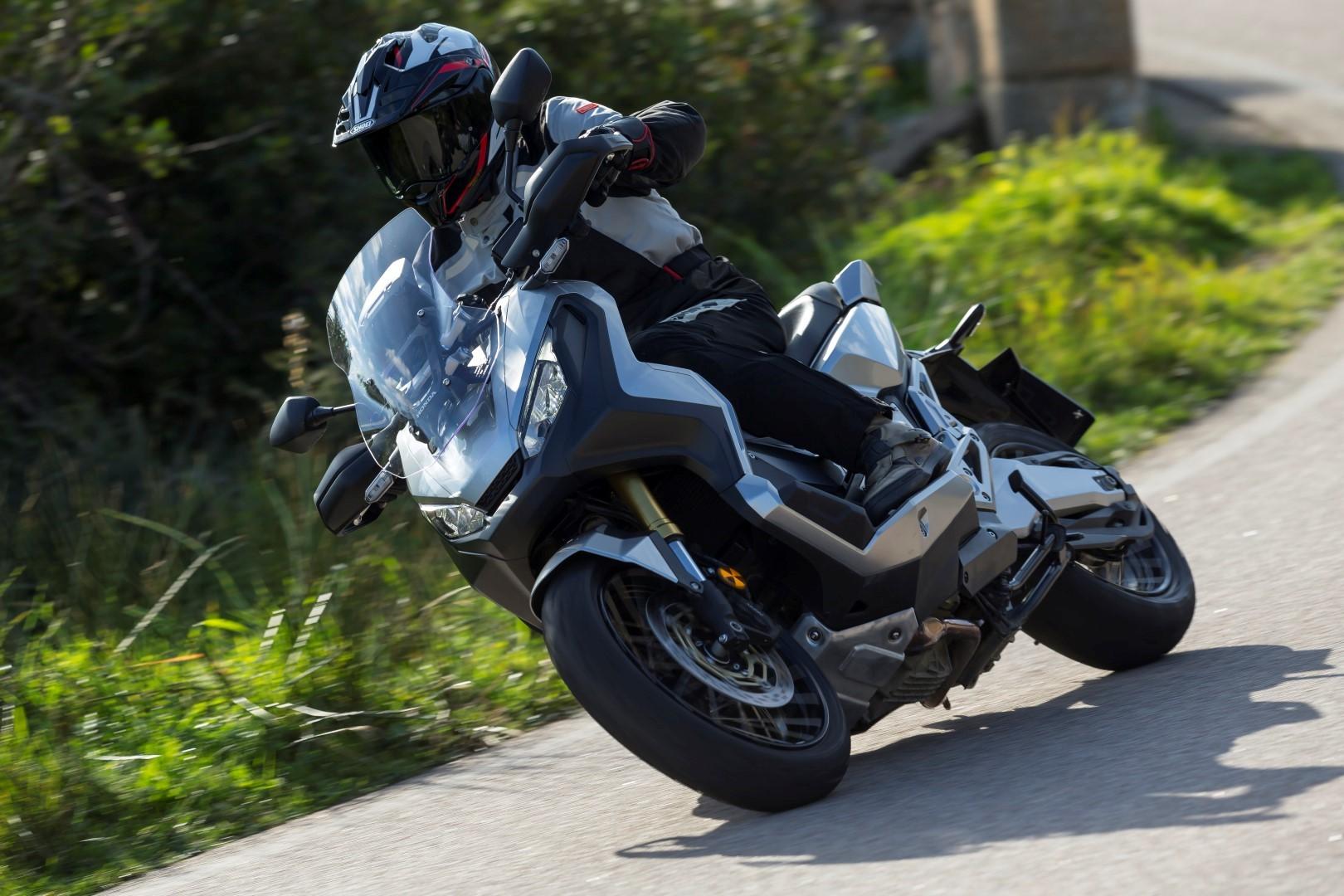 Honda X-ADV, prueba, ficha técnica y primeras impresiones