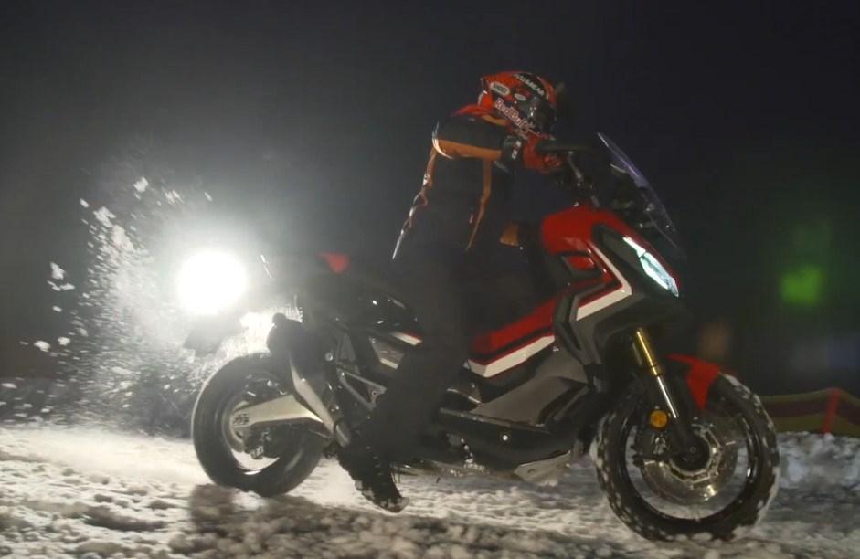 Marc Márquez en la nieve… ahora con el Honda X-ADV