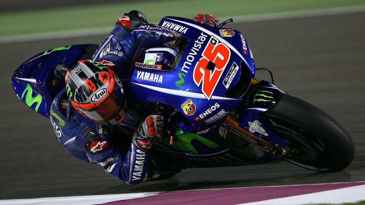 Maverick Viñales y Valentino Rossi lideran MotoGP y hoy Qatar se escribe con C