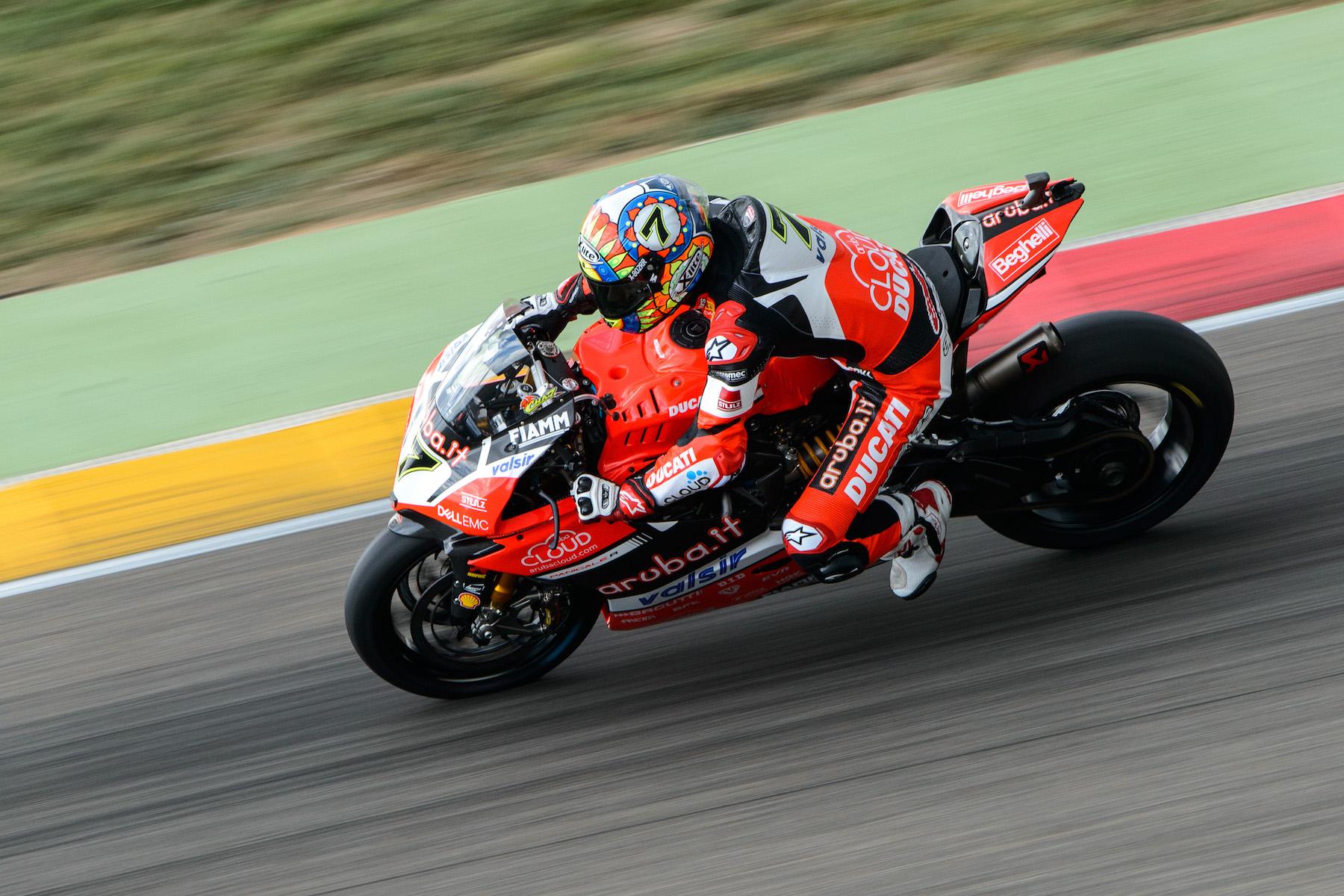 SBK Aragón 2017, pole y récord de circuito para Chaz Davies