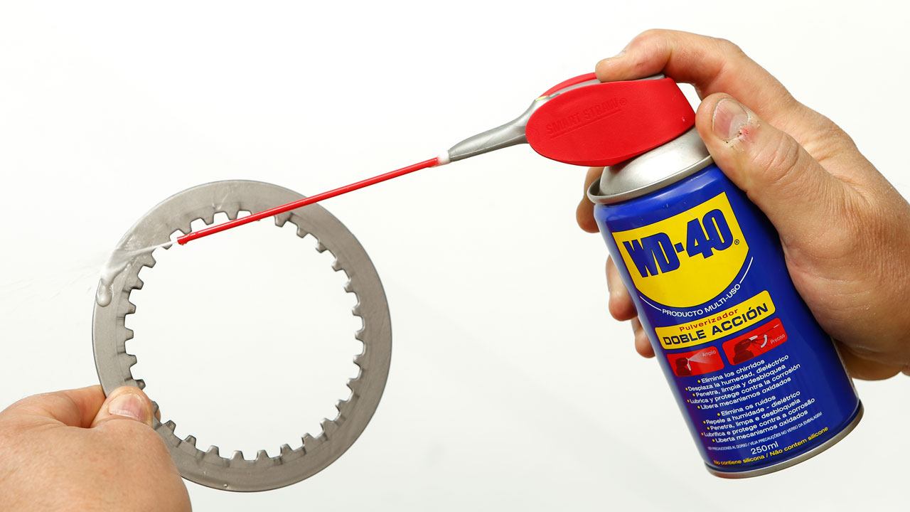 Discos de embrague perfectos con WD-40