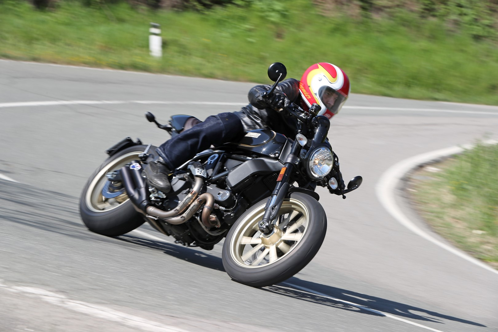 Scrambler Ducati Café Racer: prueba, ficha técnica y primeras impresiones