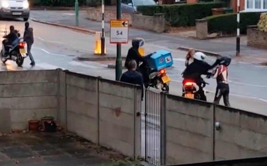 """Surge un movimiento de """"vigilantes"""" para cazar ladrones de motos"""