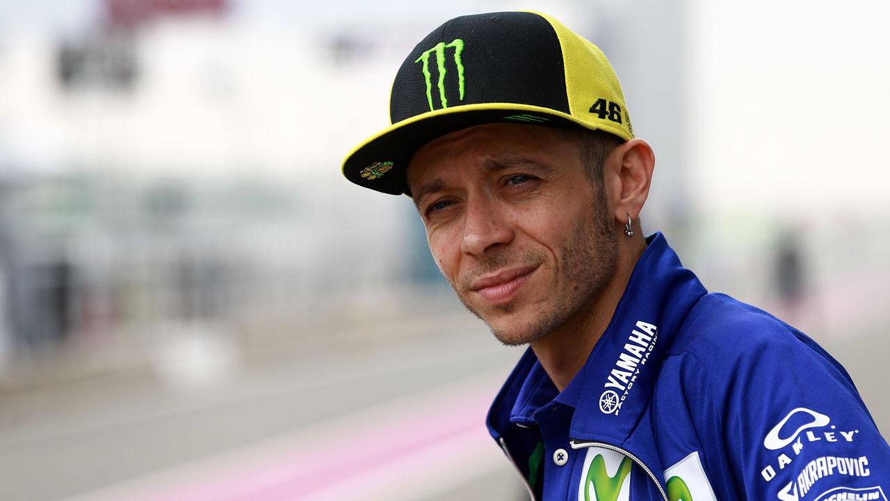 Valentino Rossi hospitalizado tras un accidente cuando hacía Motocross
