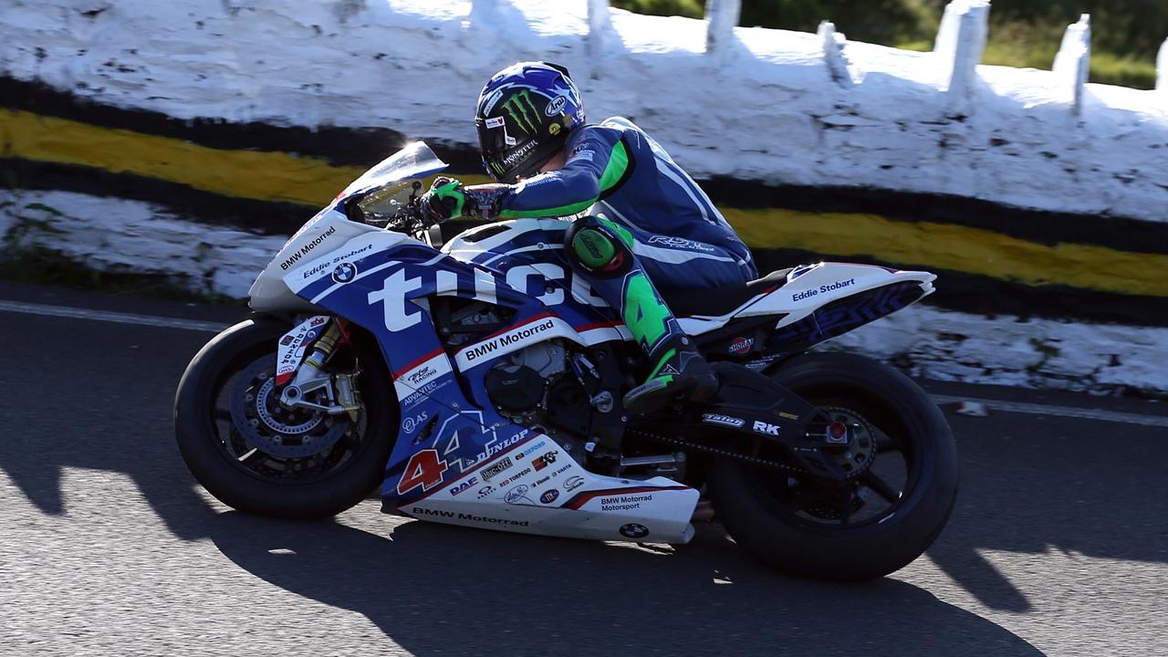 Ian Hutchinson, posible fractura de fémur tras un accidente en el Senior TT