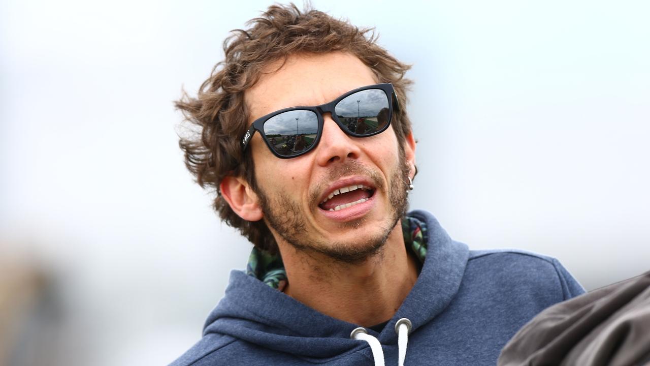 Gregorio Lavilla quiere ver a Valentino Rossi en el Mundial de Superbike