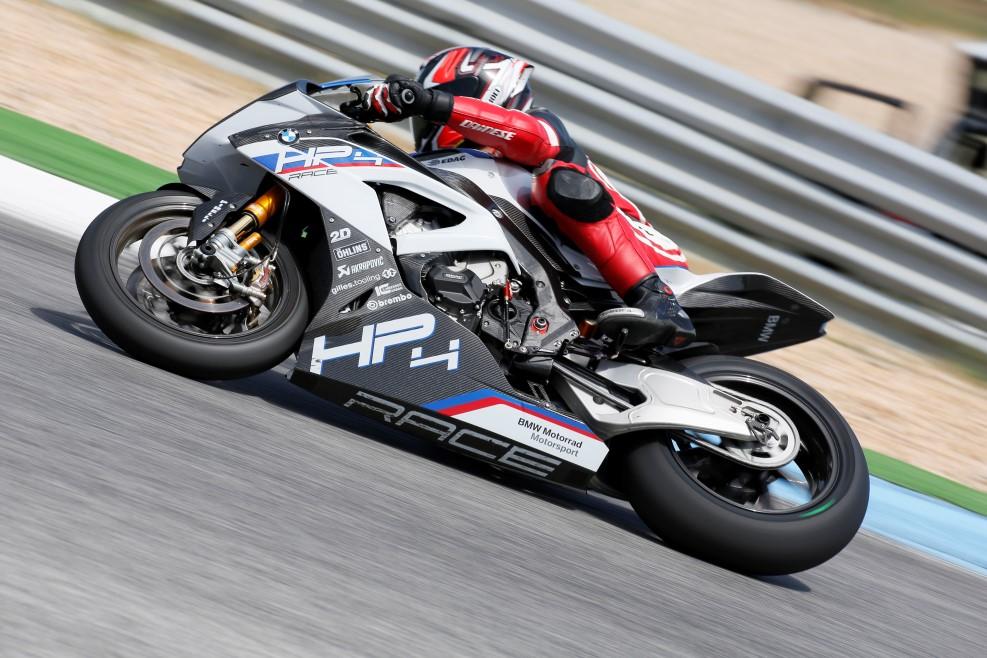 BMW HP4 RACE 2017, prueba, ficha técnica y primeras impresiones