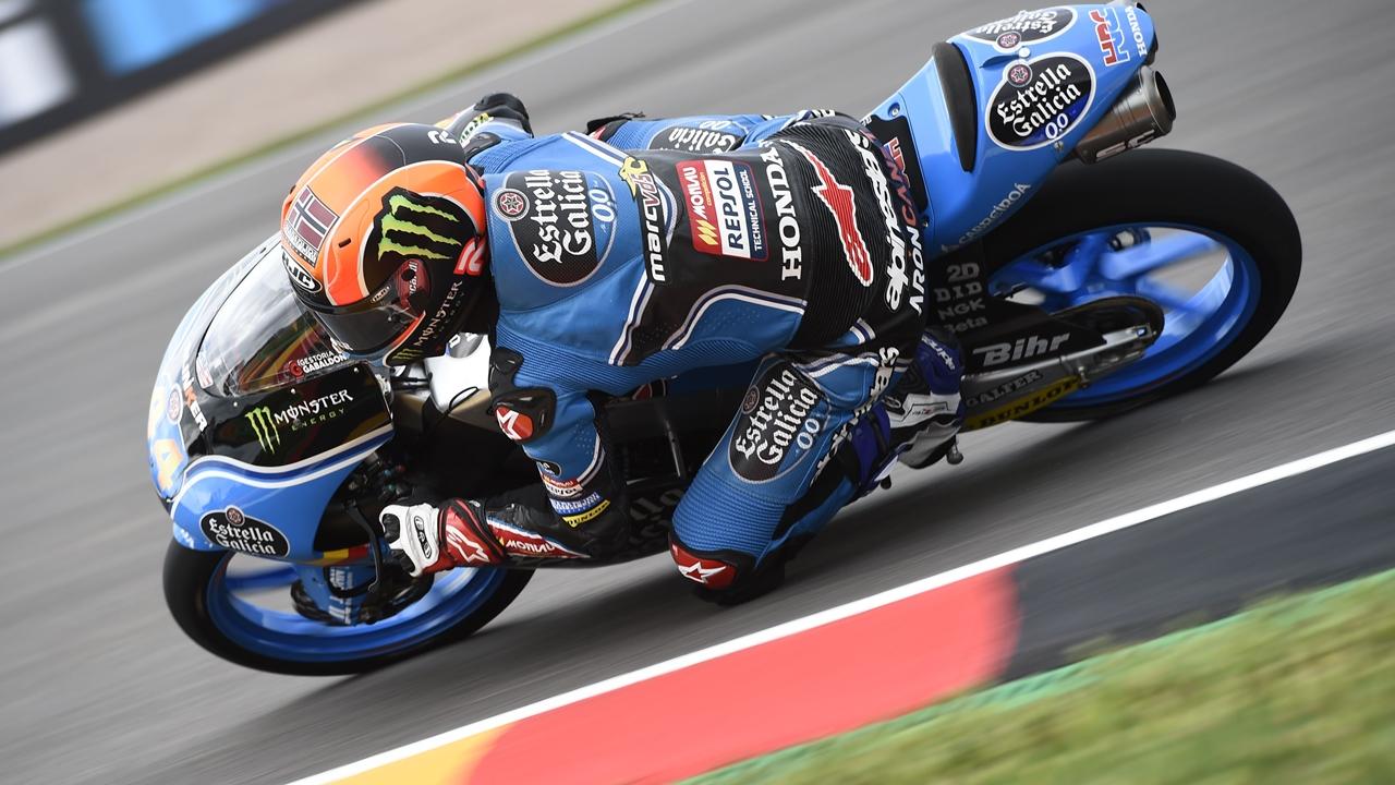 Arón Canet deja a Joan Mir sin la pole de Moto3 en el último suspiro