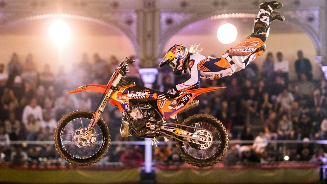Levi Sherwood vence la espectacular edición 2017 del Red Bull X-Fighters de Madrid