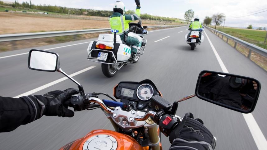 DGT pone las motos en el objetivo