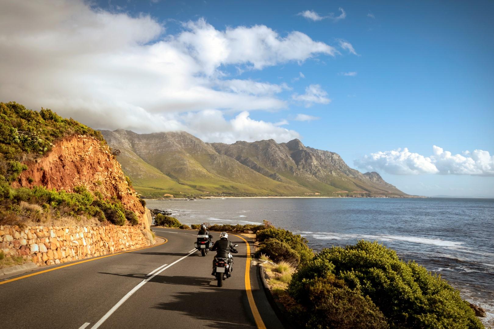 Consejos para viajar en moto seguro y sin preocupaciones