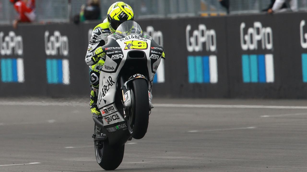 Álvaro Bautista seguirá en MotoGP 2018 con Ducati y el Team Aspar