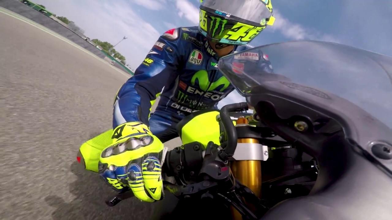 Valentino Rossi se prepara en Misanino con una R6... ¡y nos lo enseña en un vídeo!
