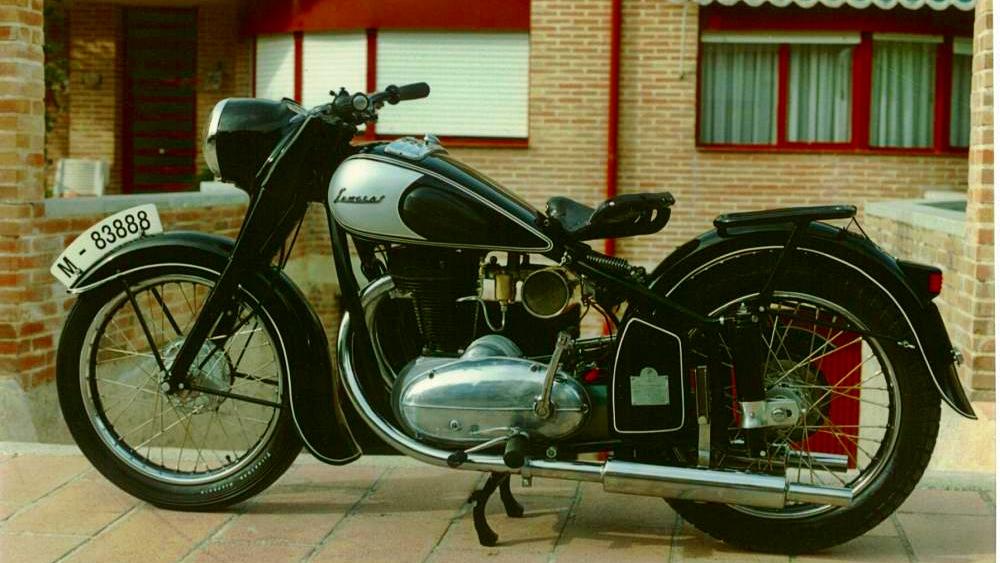 Fallece Javier Sanglas, uno de los pioneros de la moto en España