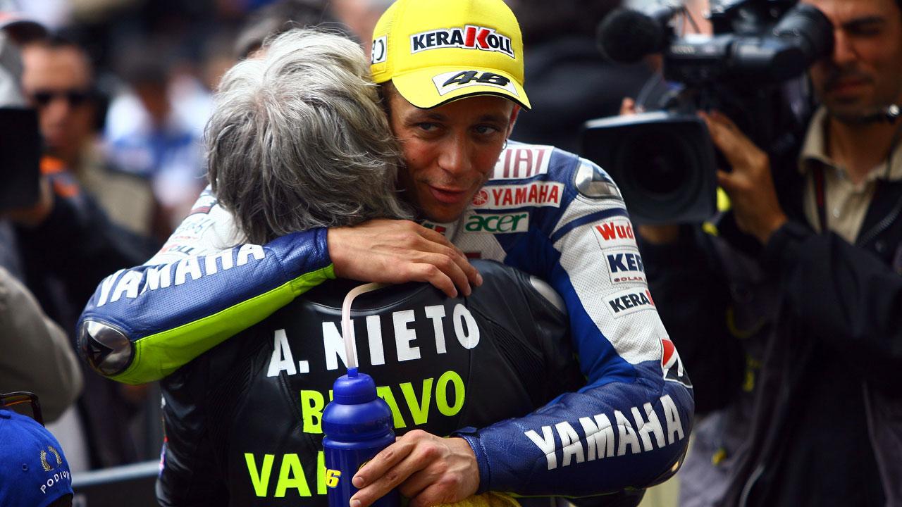 """Valentino Rossi: """"Ángel Nieto era mejor como persona que como piloto"""""""