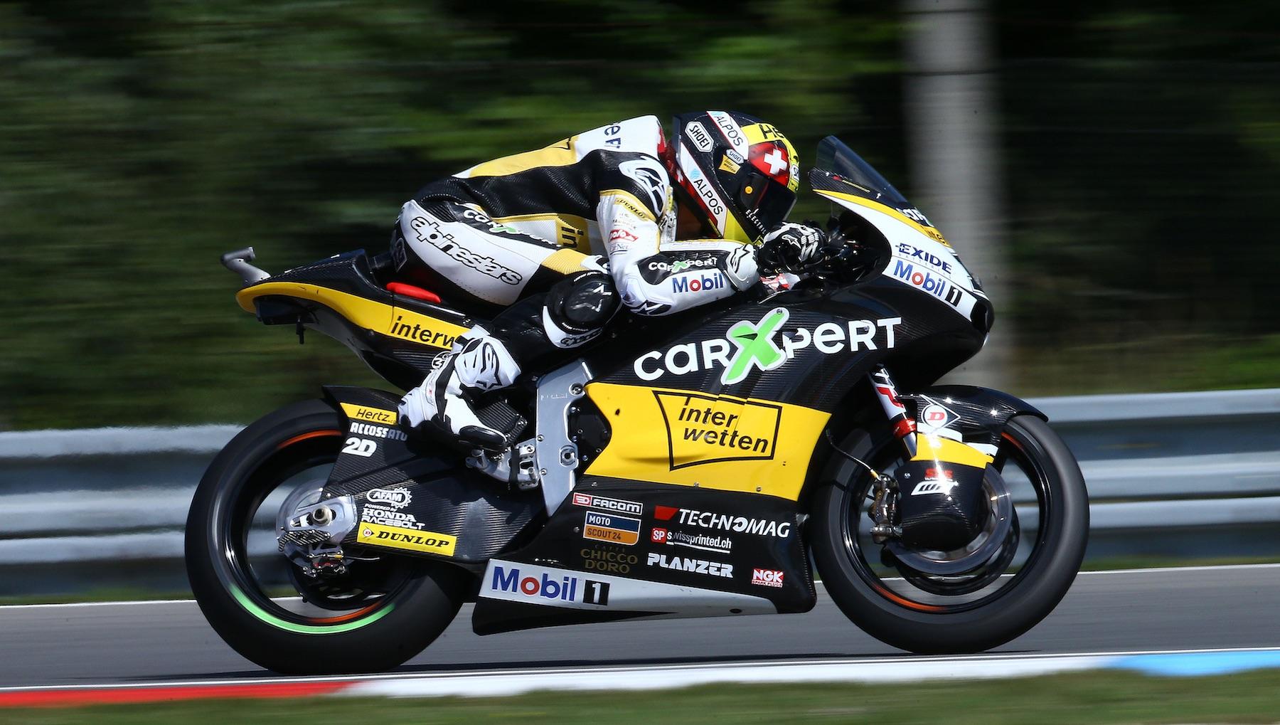 Thomas Luthi y Álex Márquez exprimen el sprint de Moto2 para recortar distancias