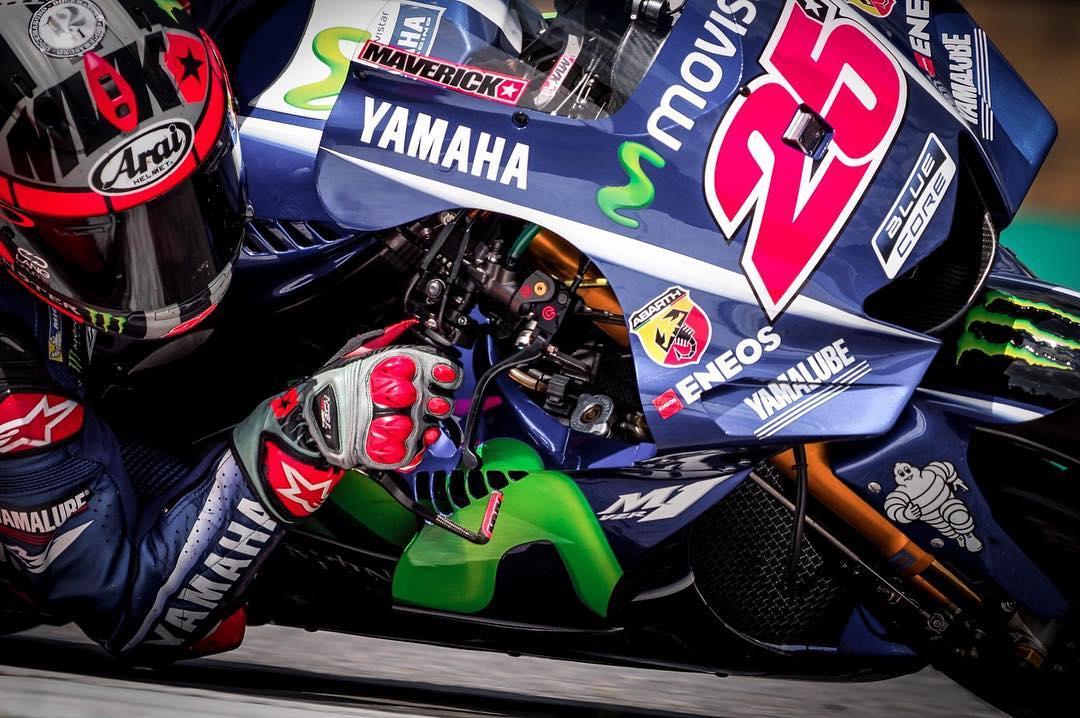 Yamaha prueba un nuevo carenado más afilado con Maverick Viñales