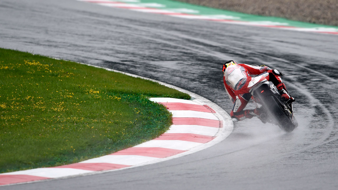 Preocupa el asfalto del GP de Austria, pero se correría en mojado