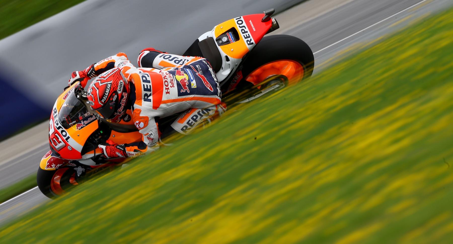 Marc Márquez consigue la pole position en territorio Ducati