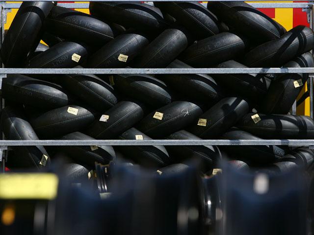 Neumáticos usados para pavimentar