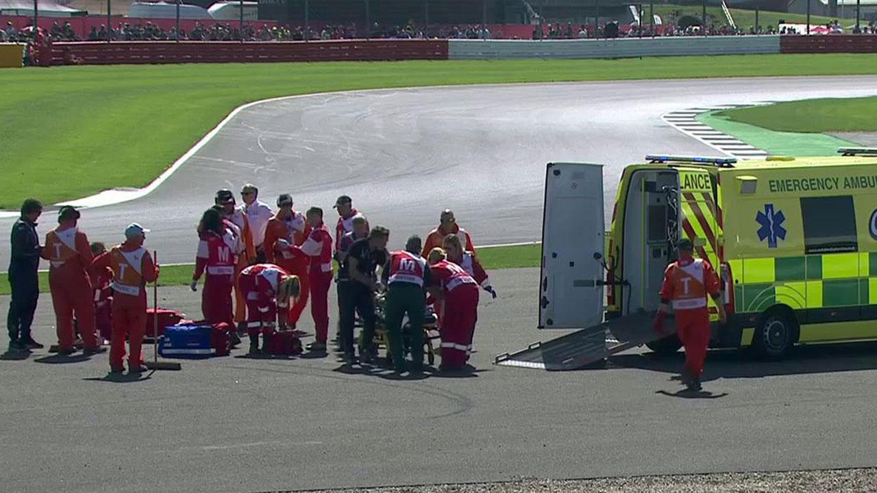 Juanfran Guevara da el susto del día en Silverstone
