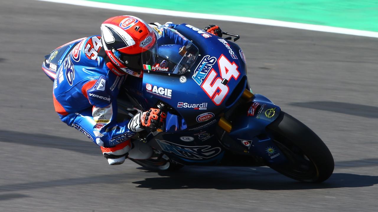 Mattia Pasini domina el viernes de Misano buscando un hito