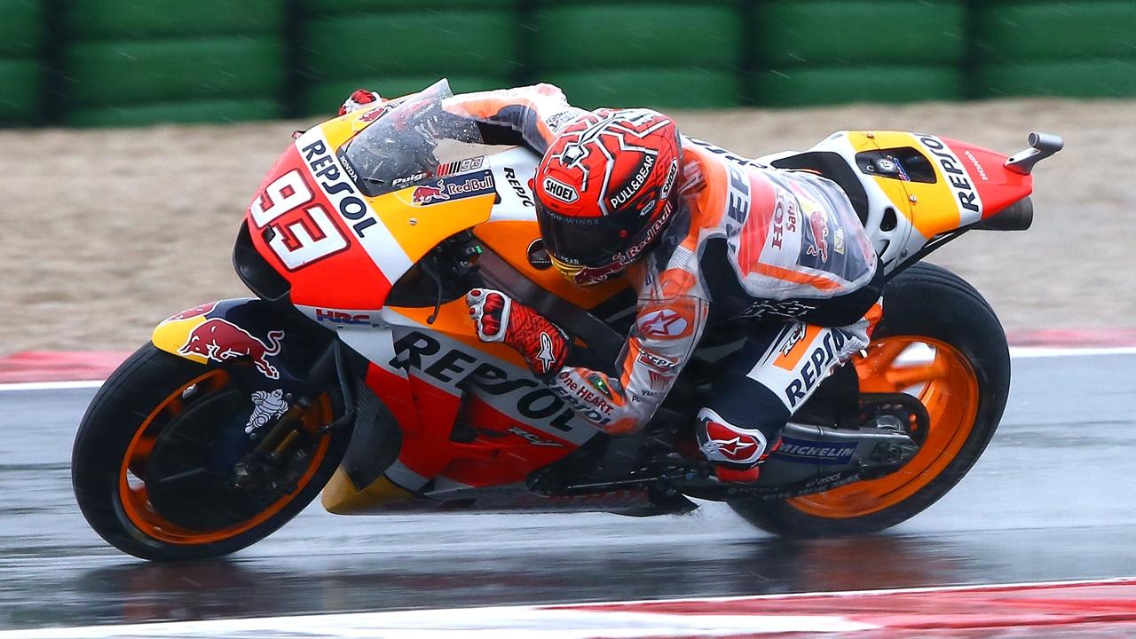 Marc Márquez bate a un gran Danilo Petrucci en Misano y recupera el liderato de MotoGP
