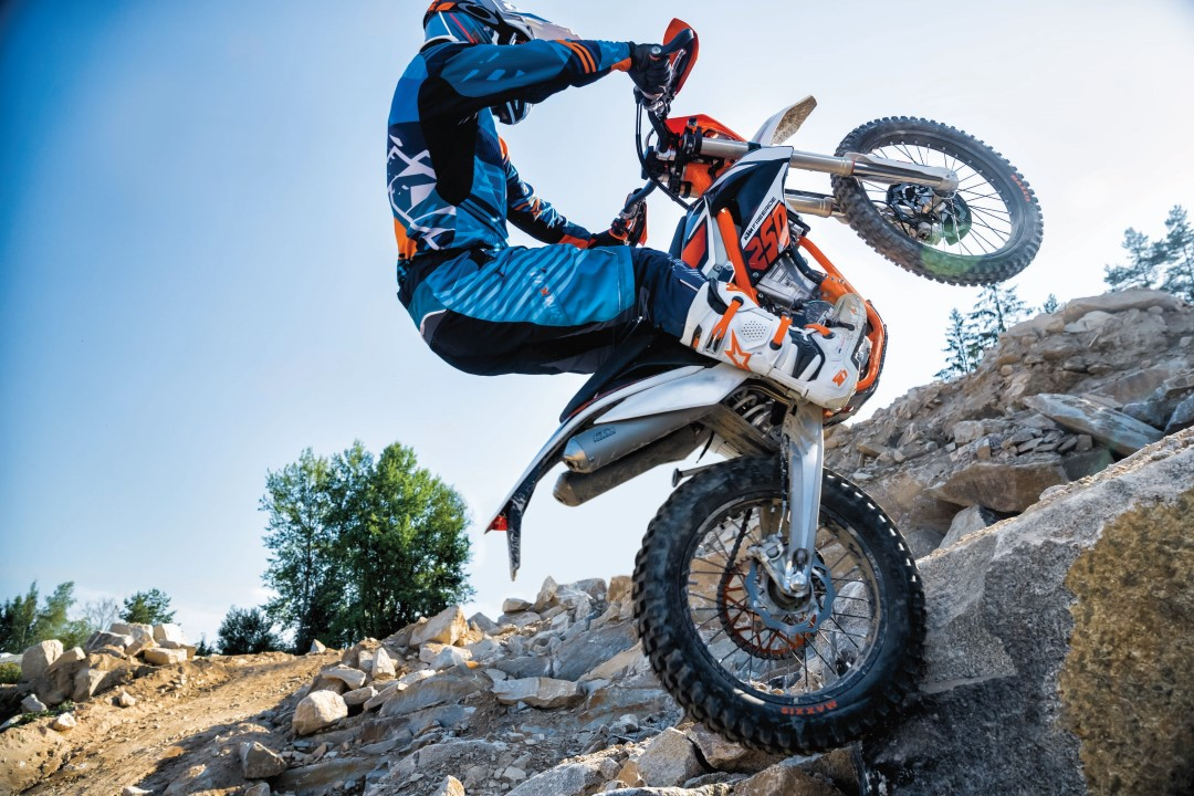 ktm freeride 250 f la renovaci n de la enduro de aventura. Black Bedroom Furniture Sets. Home Design Ideas