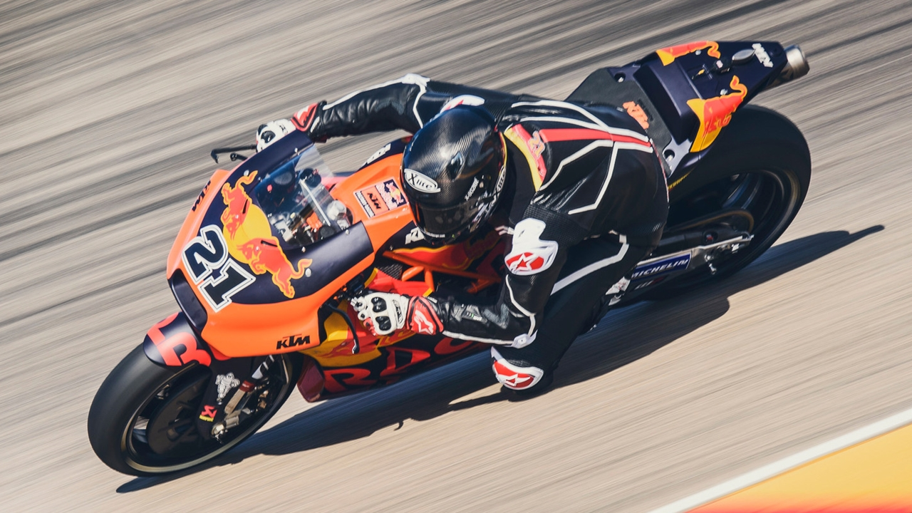 Markus Reiterberger prueba la KTM MotoGP en un test con vistas al futuro