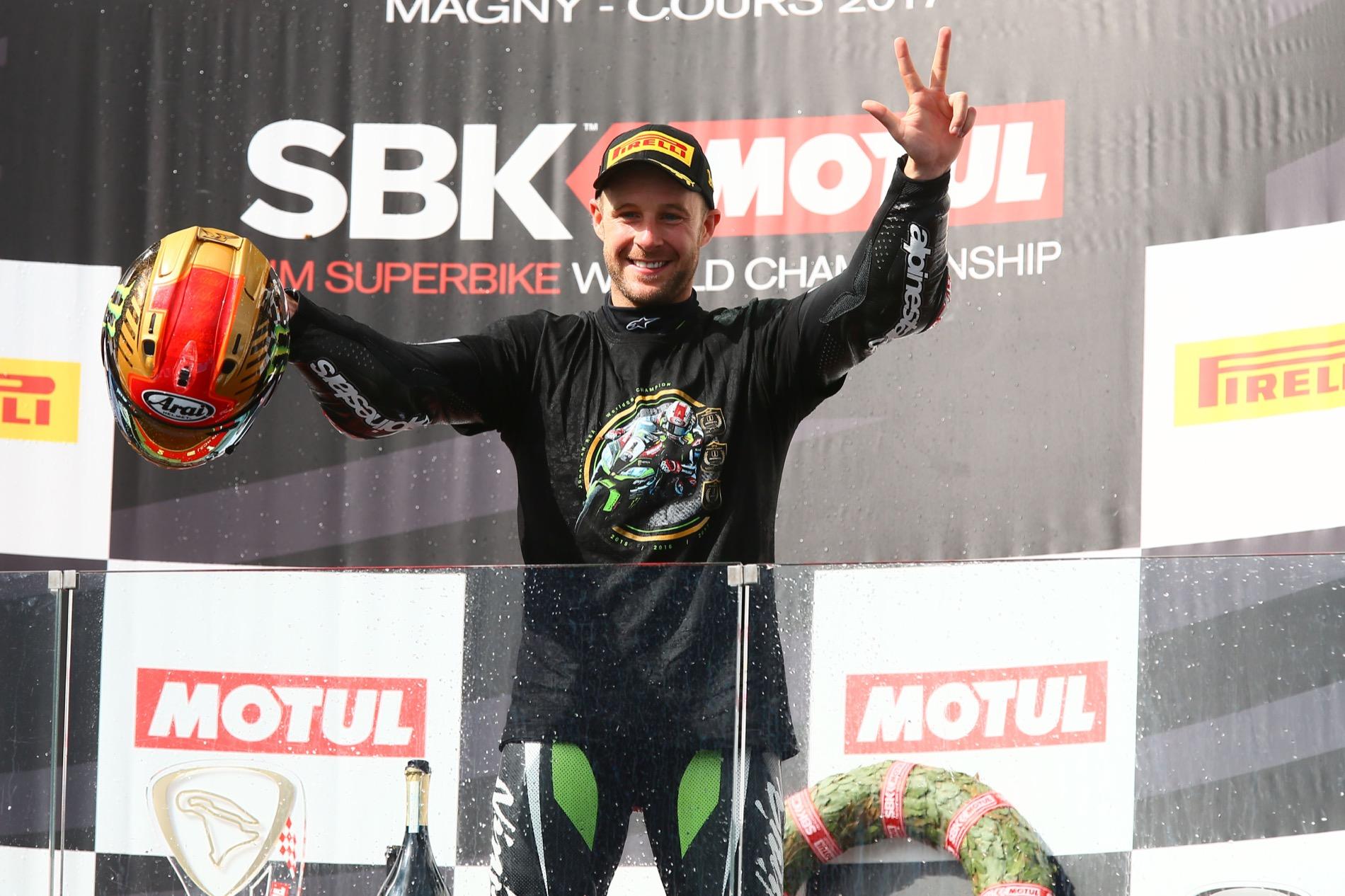Jonathan Rea suma su 50 victoria en SBK el día de su tercer título mundial