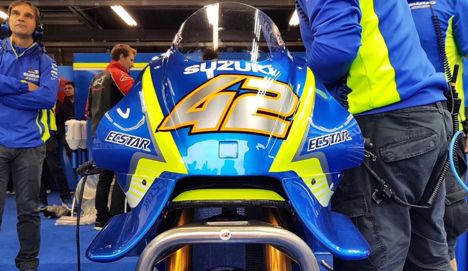 """Suzuki estrenó """"el Bigotes"""", otro llamativo carenado en Motegi"""
