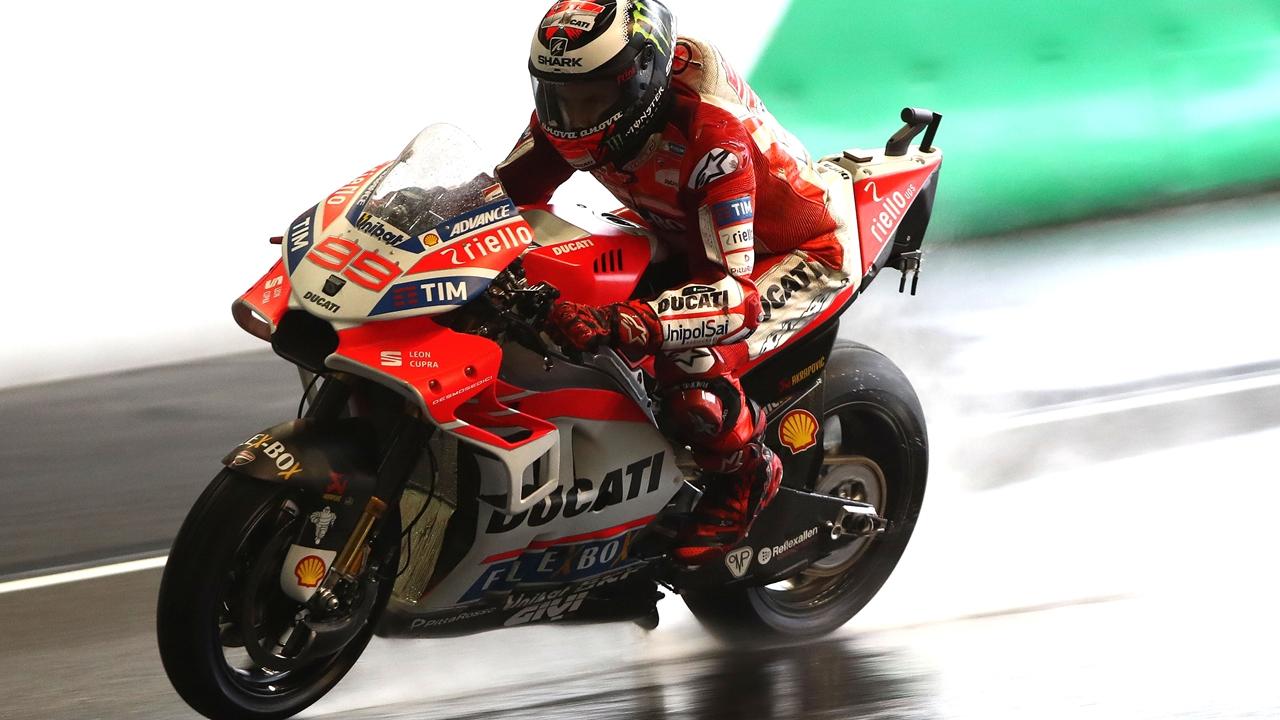 """Jorge Lorenzo: """"La moto funciona bien, pero si tengo que elegir prefiero más agua"""""""