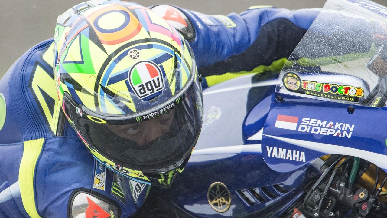 """Valentino Rossi: """"No tenía tracción ni agarre, estas gomas no van con la Yamaha"""""""