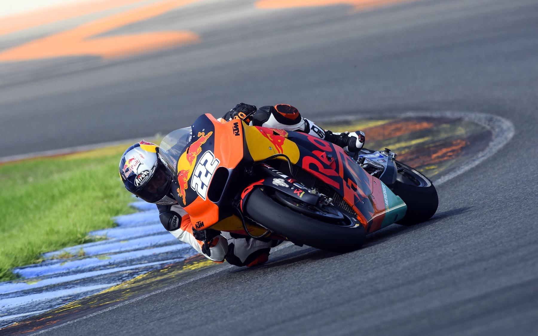 """Tony Cairoli prueba la KTM de MotoGP: """"¡Es una locura!"""""""