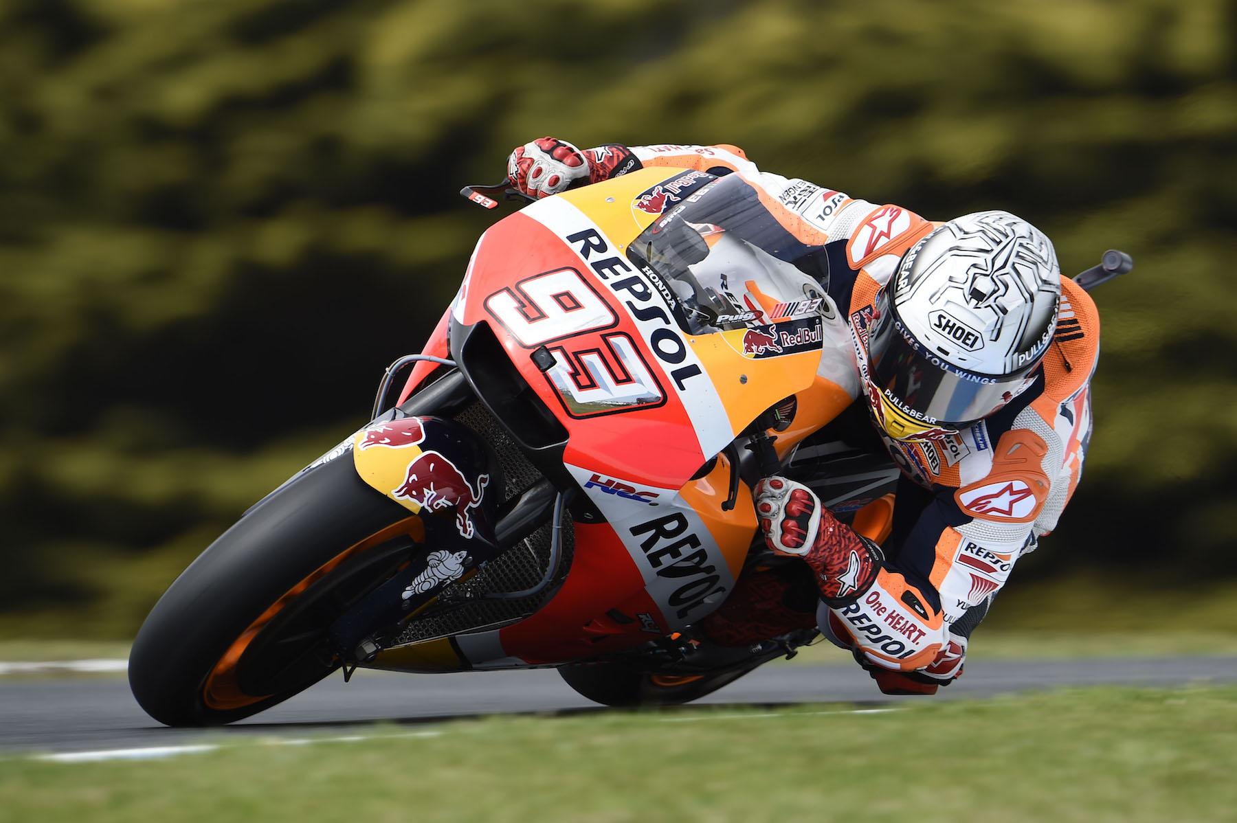 Marc Márquez toma la pole de MotoGP en Australia con Andrea Dovizioso undécimo
