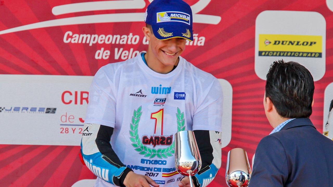 Héctor Garzó se proclama campeón de España de Stock 600