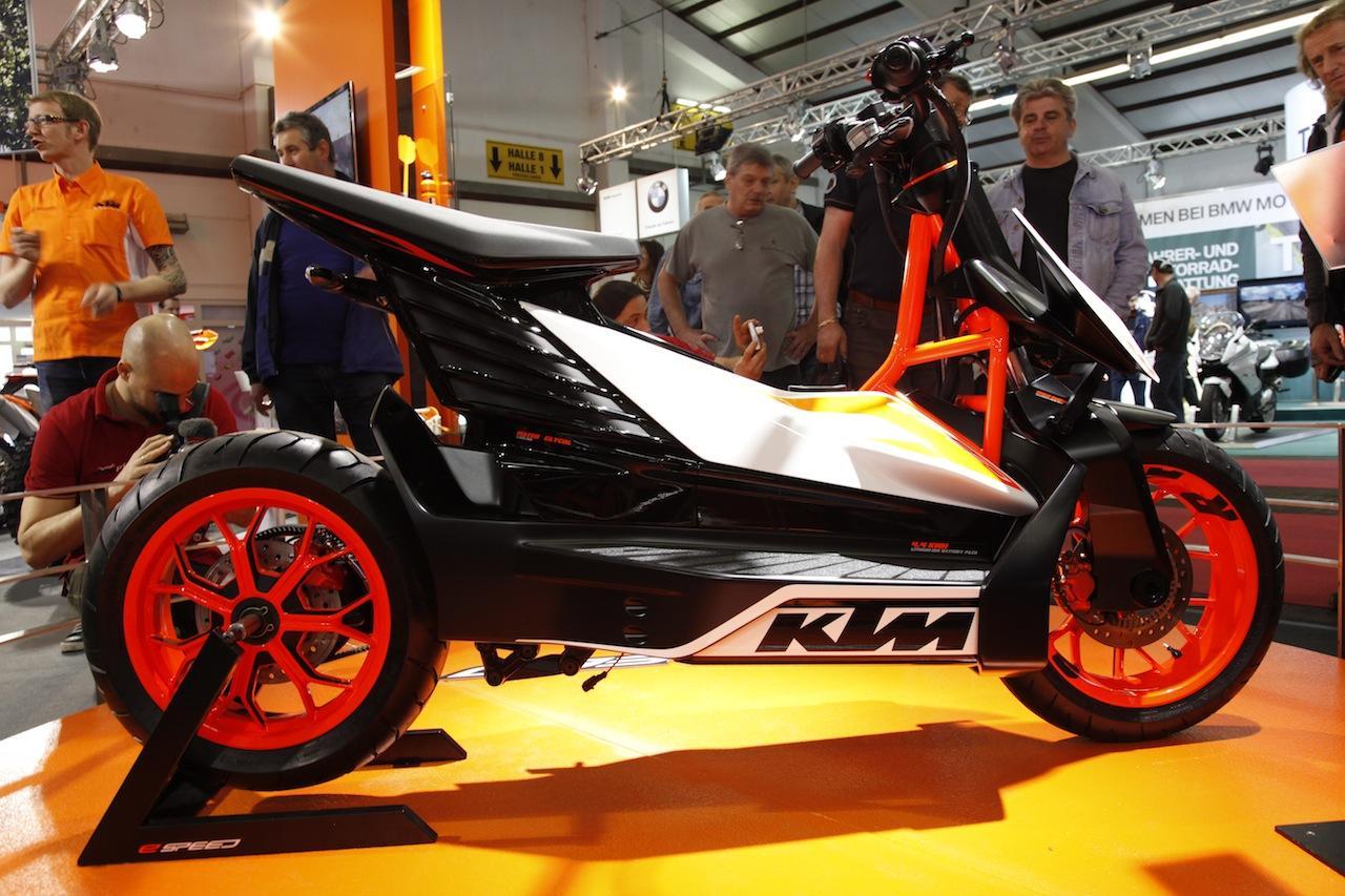 "Stefan Pierer (KTM): ""Pronto llegará un scooter eléctrico"""