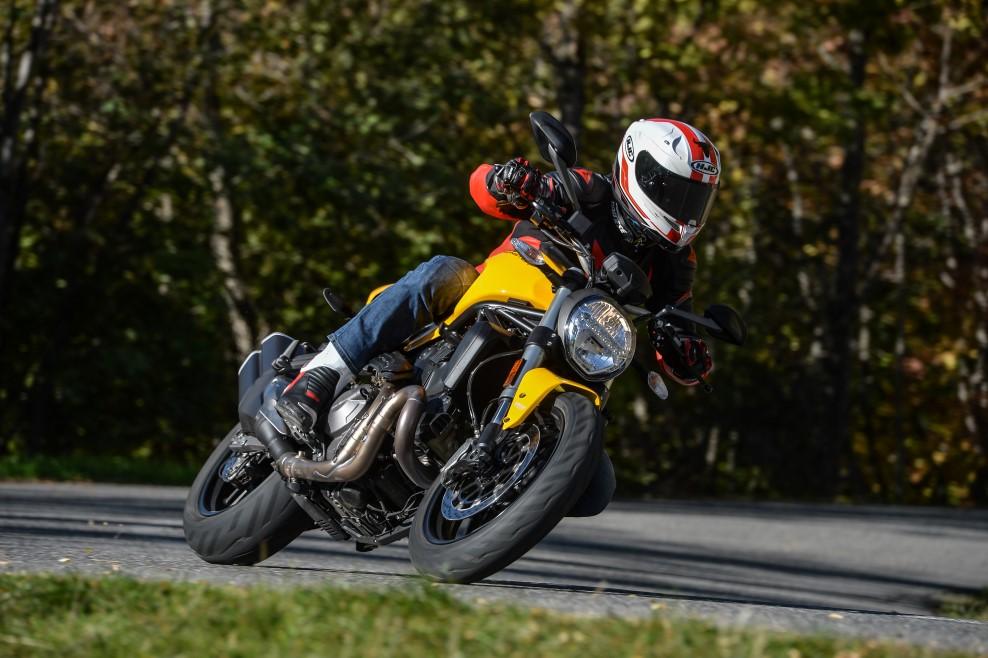 Ducati Monster 821 2018, prueba, ficha técnica y primeras impresiones