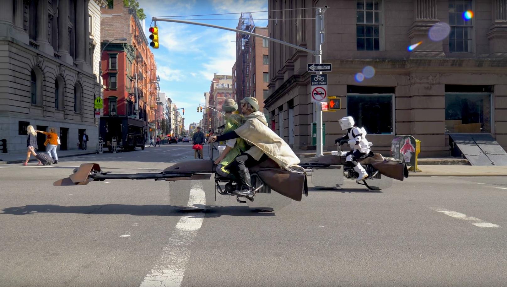 Las motos escondidas en el vídeo del momento de Casey Neistat y Jesse