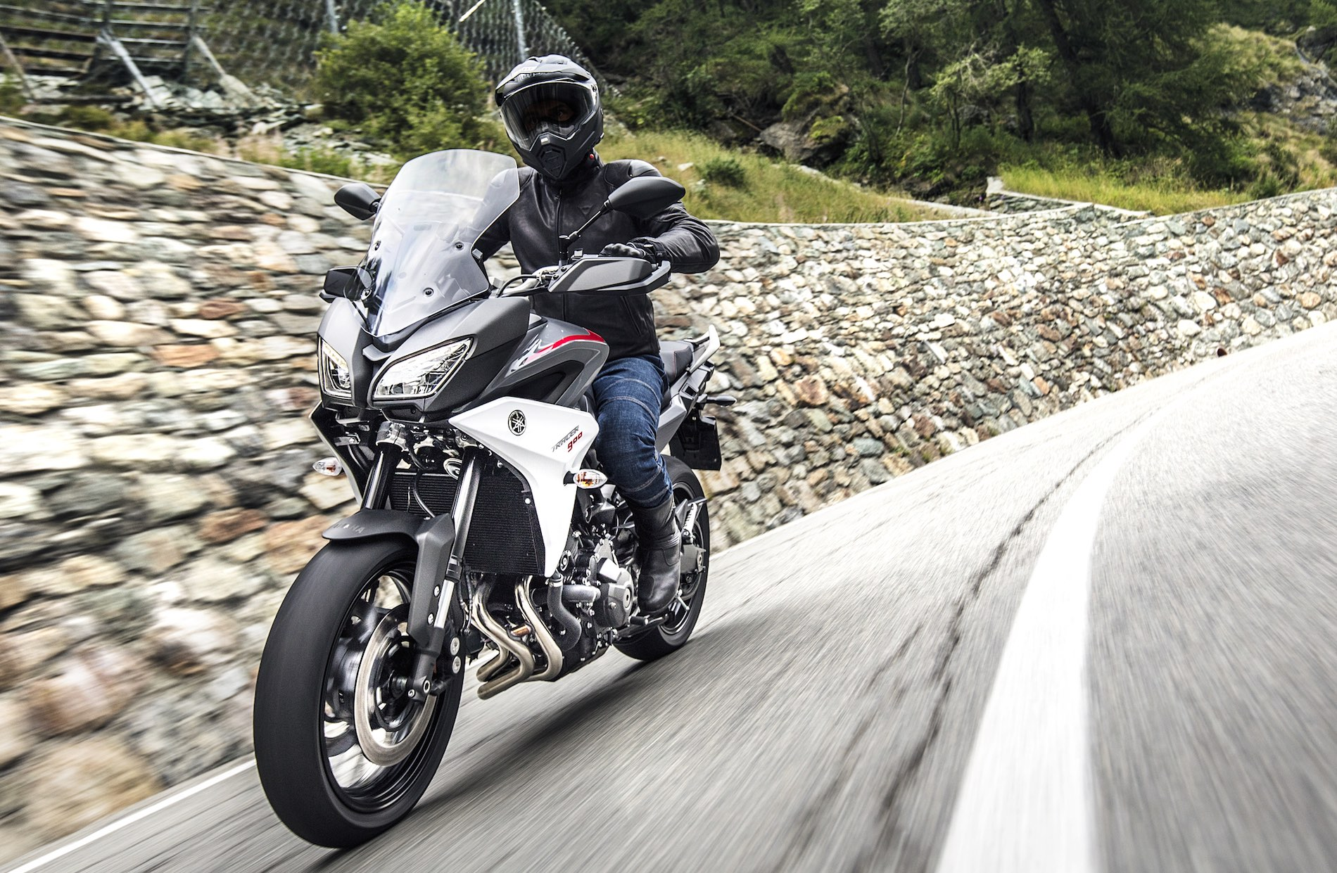 Yamaha Tracer 900 2018 y Tracer 900 GT