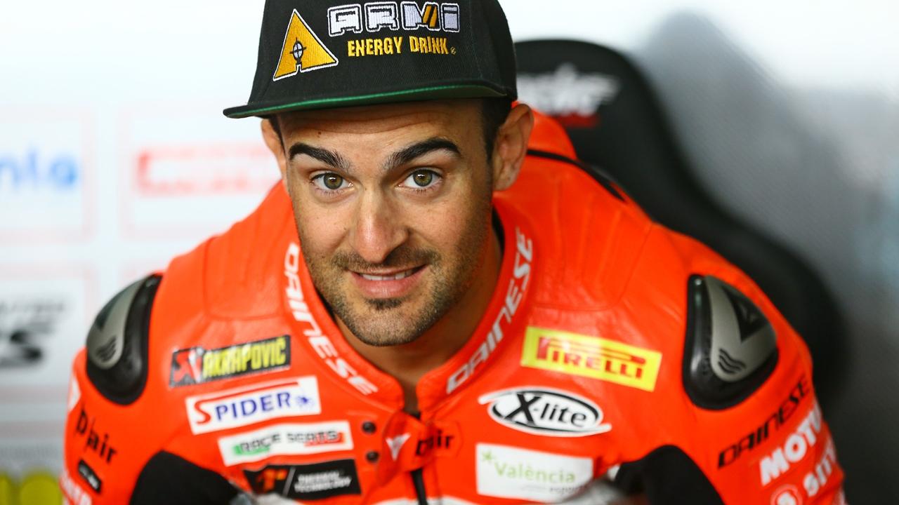 Xavi Forés renueva con el Barni Racing y seguirá con Ducati en el Mundial de Superbike