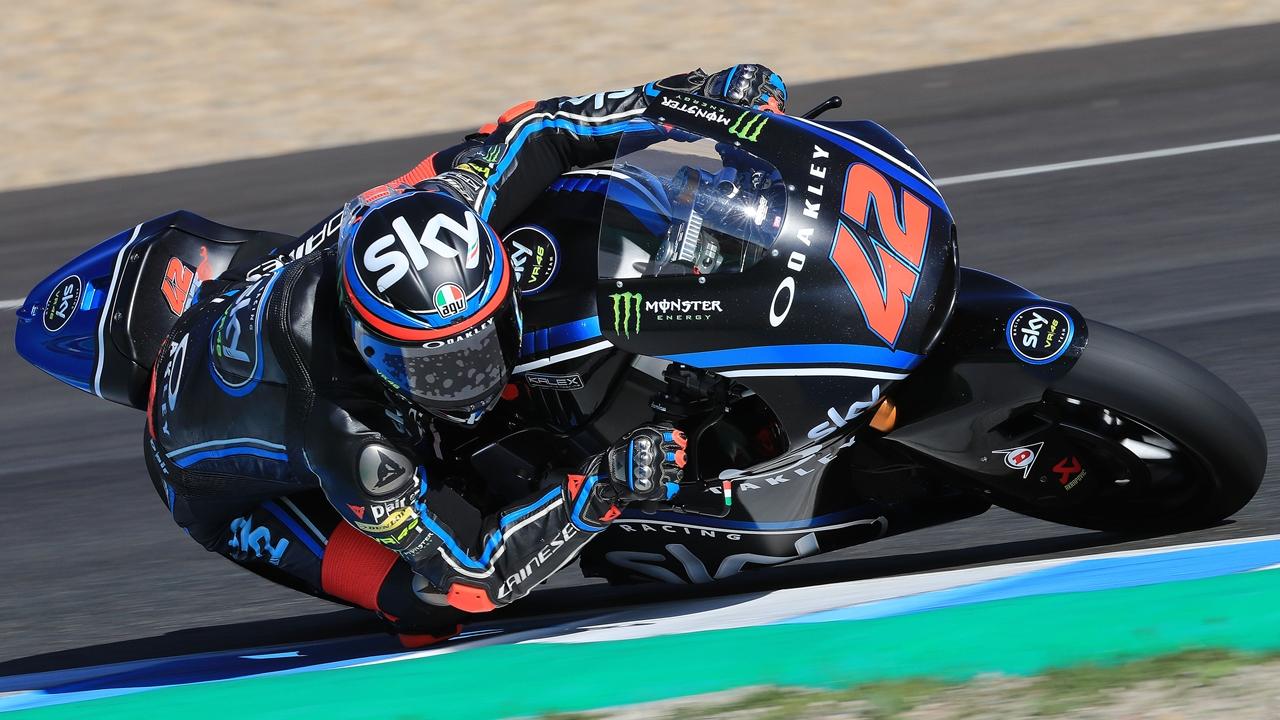 Pecco Bagnaia y Miguel Oliveira lideran Moto2, Enea Bastianini manda en Moto3