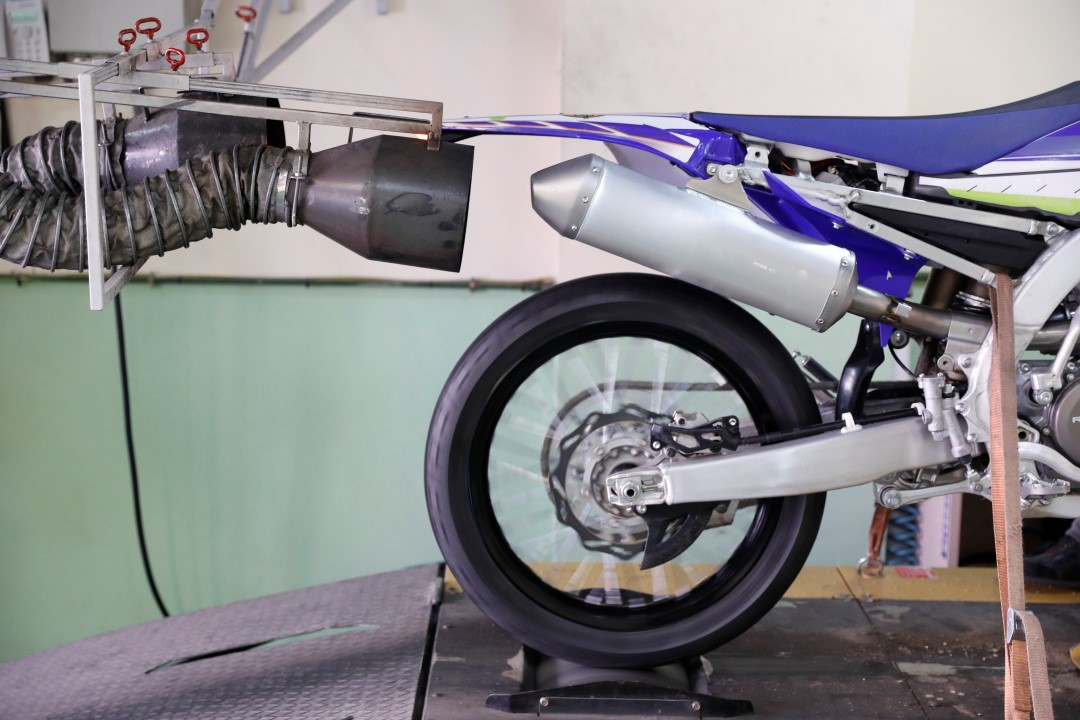 Long Test: Silenciador de escape Akrapovic Slip-On