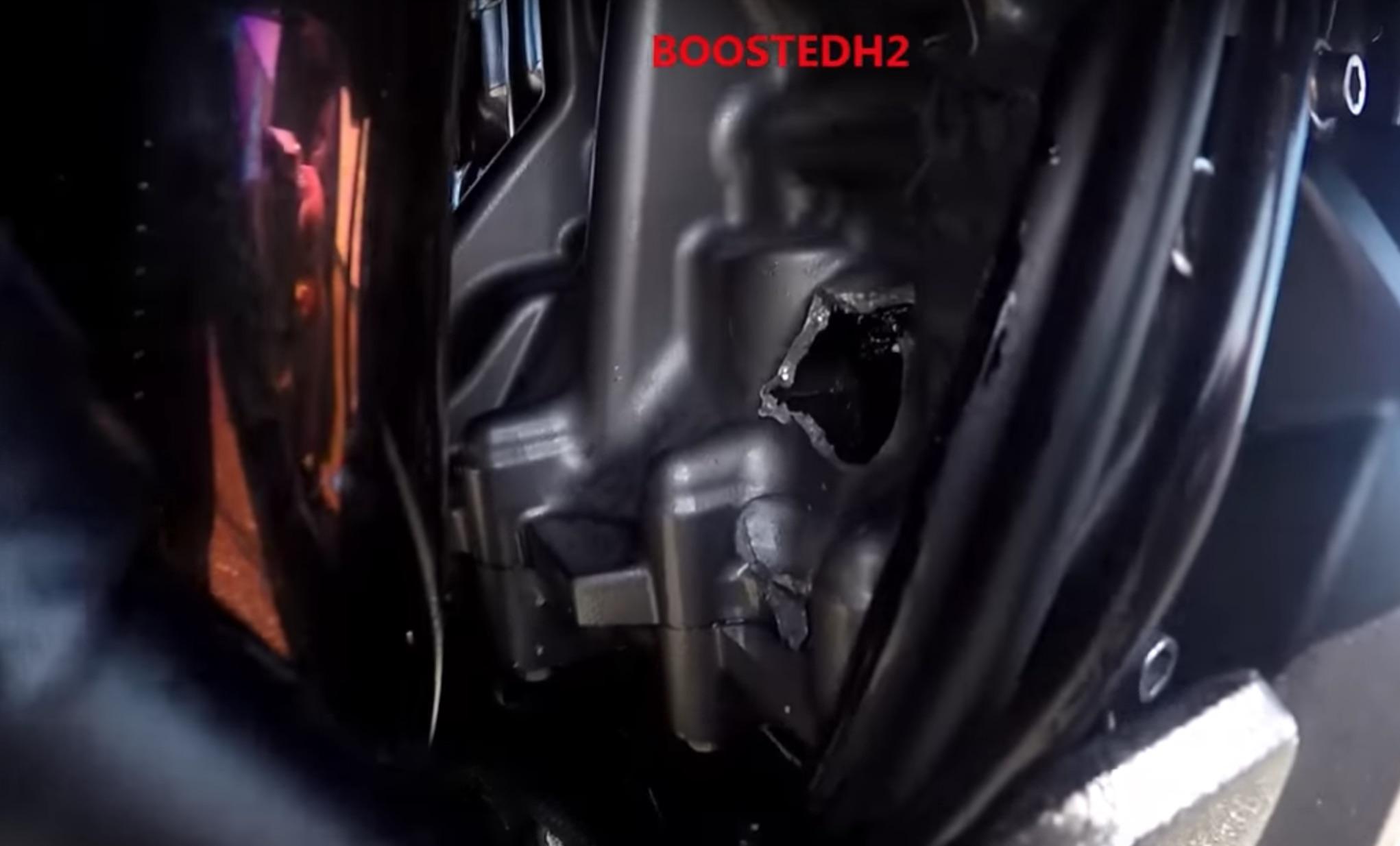 Esto es lo que se siente cuando rompes motor a 302 km/h