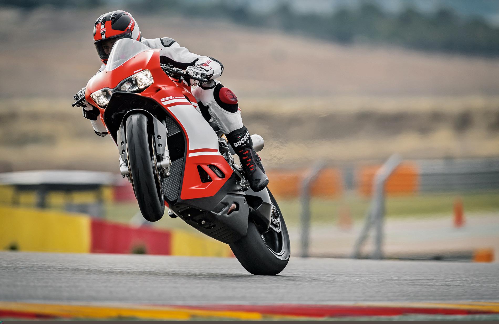 Ducati 1299 Superleggera, prueba y primeras impresiones en Mugello